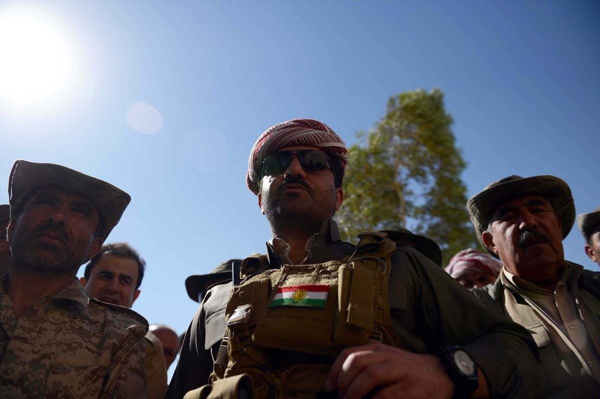 Peshmerga commander Shirvan Barzani (C) after retaking the town of Makhmur from ISIS. Ahmet Izgi/Anadolu Agency/Getty Images
