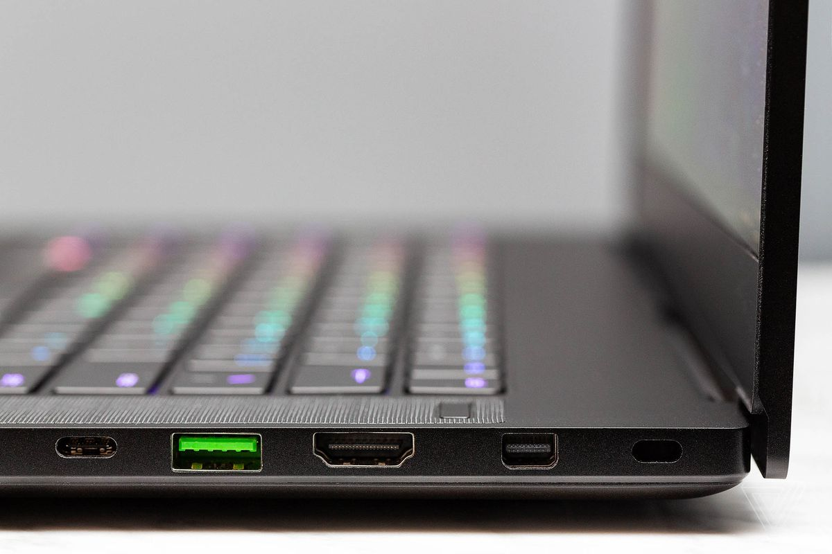 Razer Blade 15 review: hot under pressure - The Verge