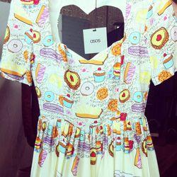 Jeremy Scott-like kitch dress with a heart-shaped cutout