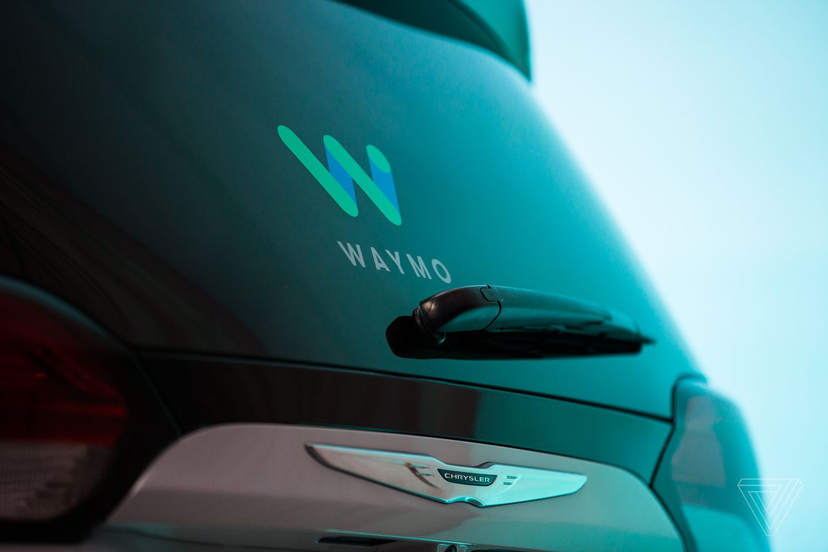 Waymo's self-driving Chrysler Pacifica begins testing in San Francisco