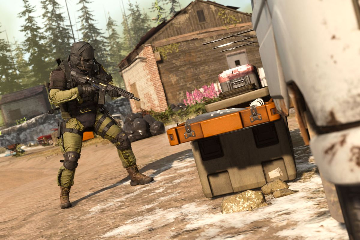 A solider in Call of Duty: Warzone wearing green