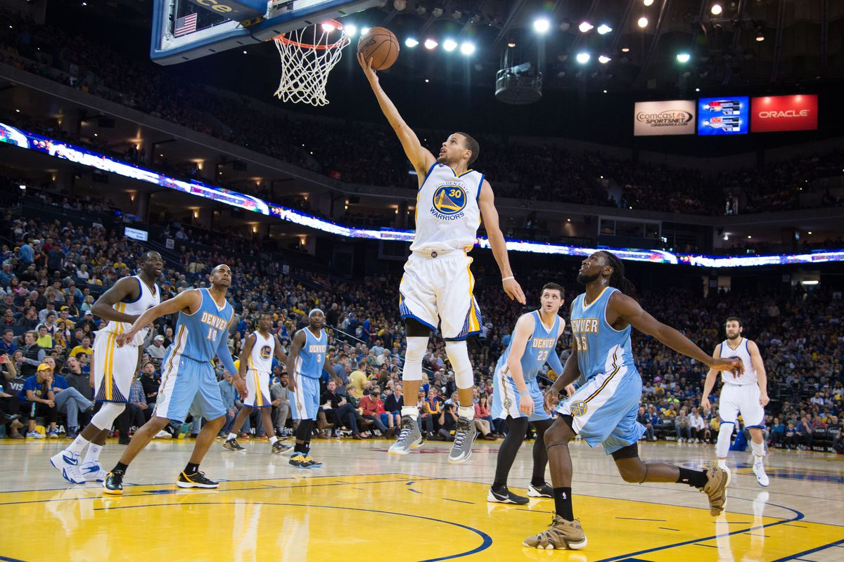 As easily as he made this layup, Stephen Curry made the West All-Star team as a starter.
