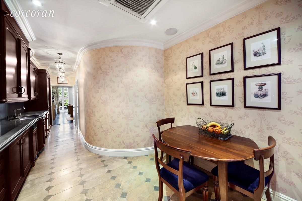 Beautiful Sutton Square townhouse with a storied past seeks $15M ...