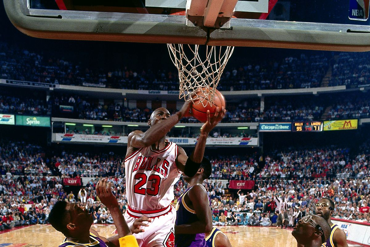 You Tube Gold: Michael Jordan's Iconic 1991 Shot vs. The Lakers ...