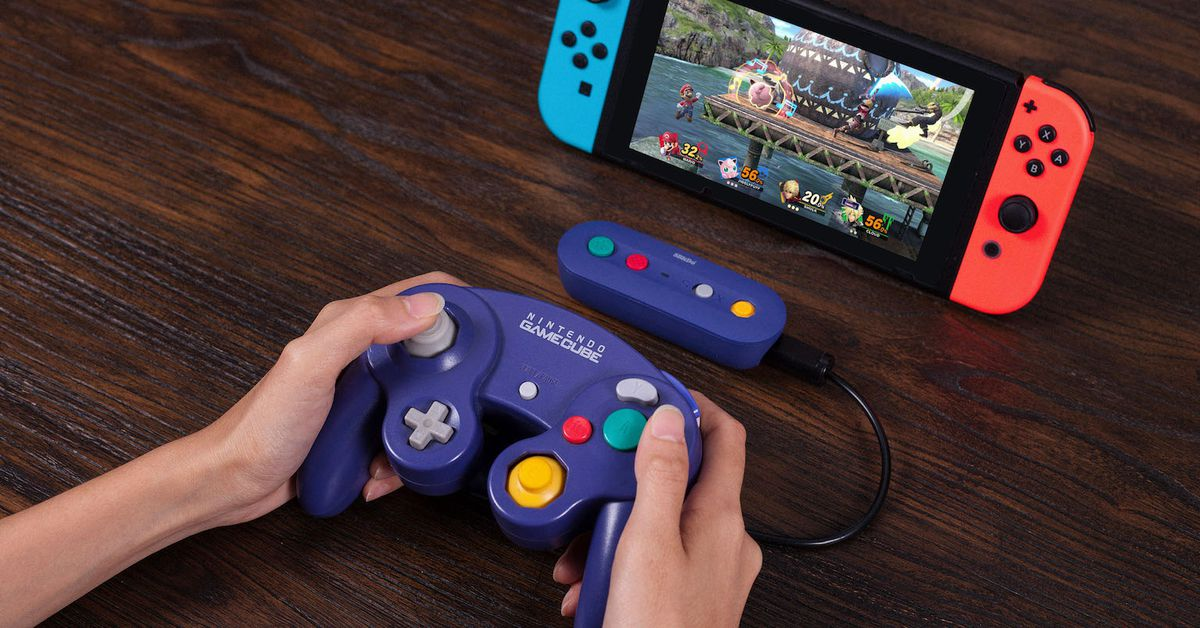 Wireless adapter connects Nintendo Gamecube controller to Switch