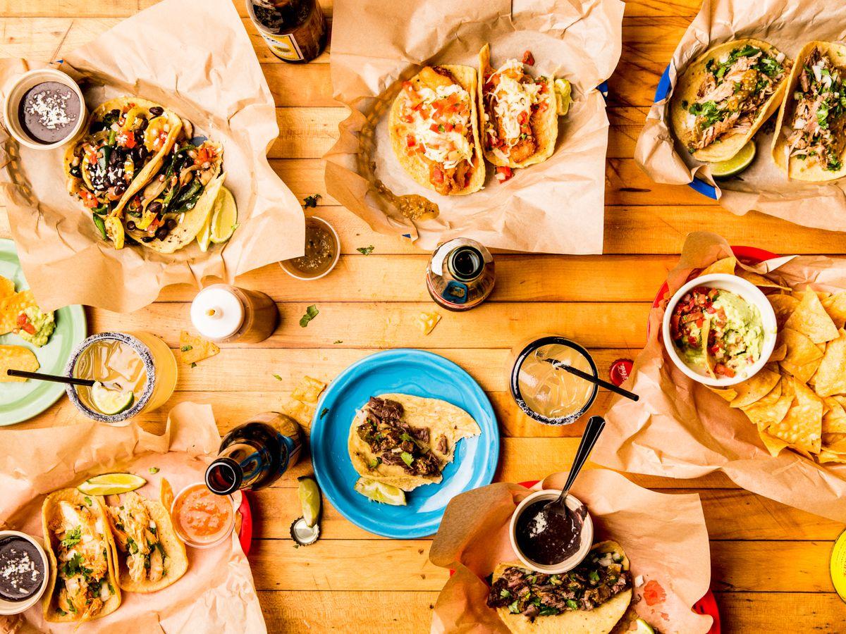 Uno Dos Tacos Feast