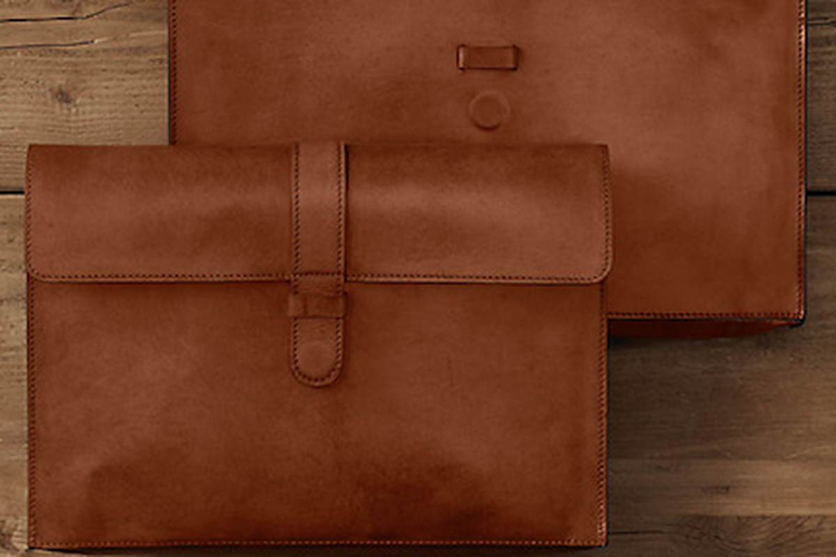 """Artisan leather MacBoook <a href=""""http://www.restorationhardware.com/catalog/product/product.jsp?productId=prod190077"""">sleeves</a>"""