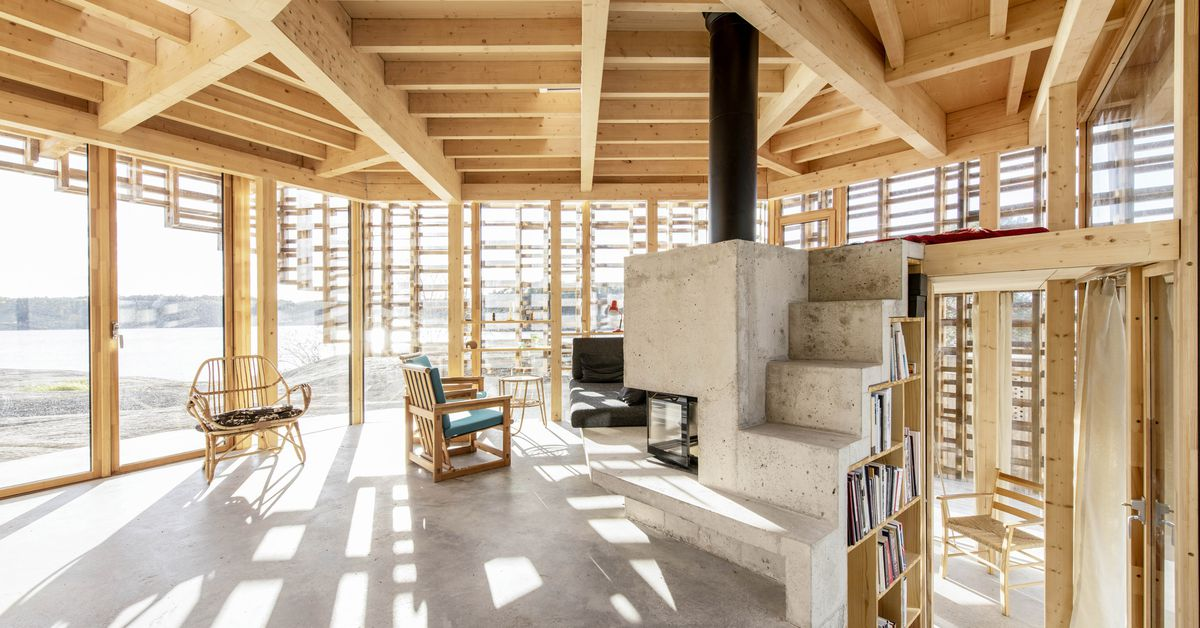 Modern House Norway Uses Timber Frame Play Light Curbed