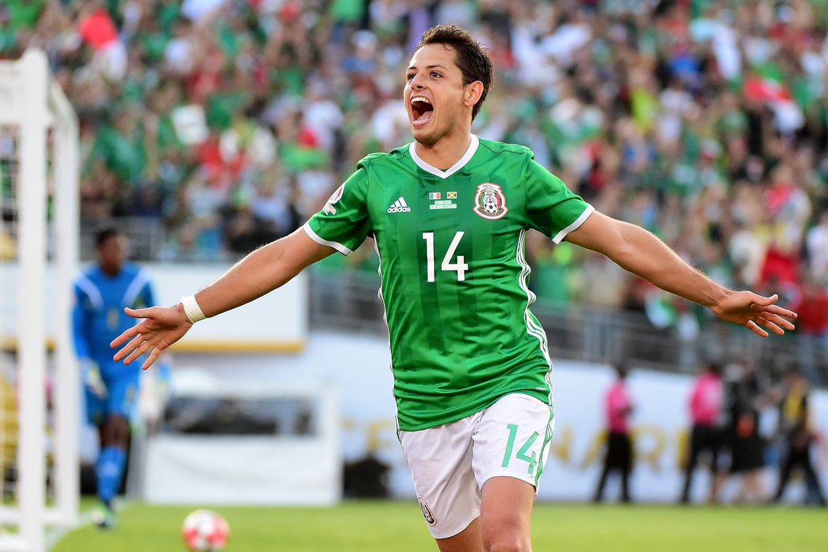 West Ham hope to seal Javier Hernandez transfer
