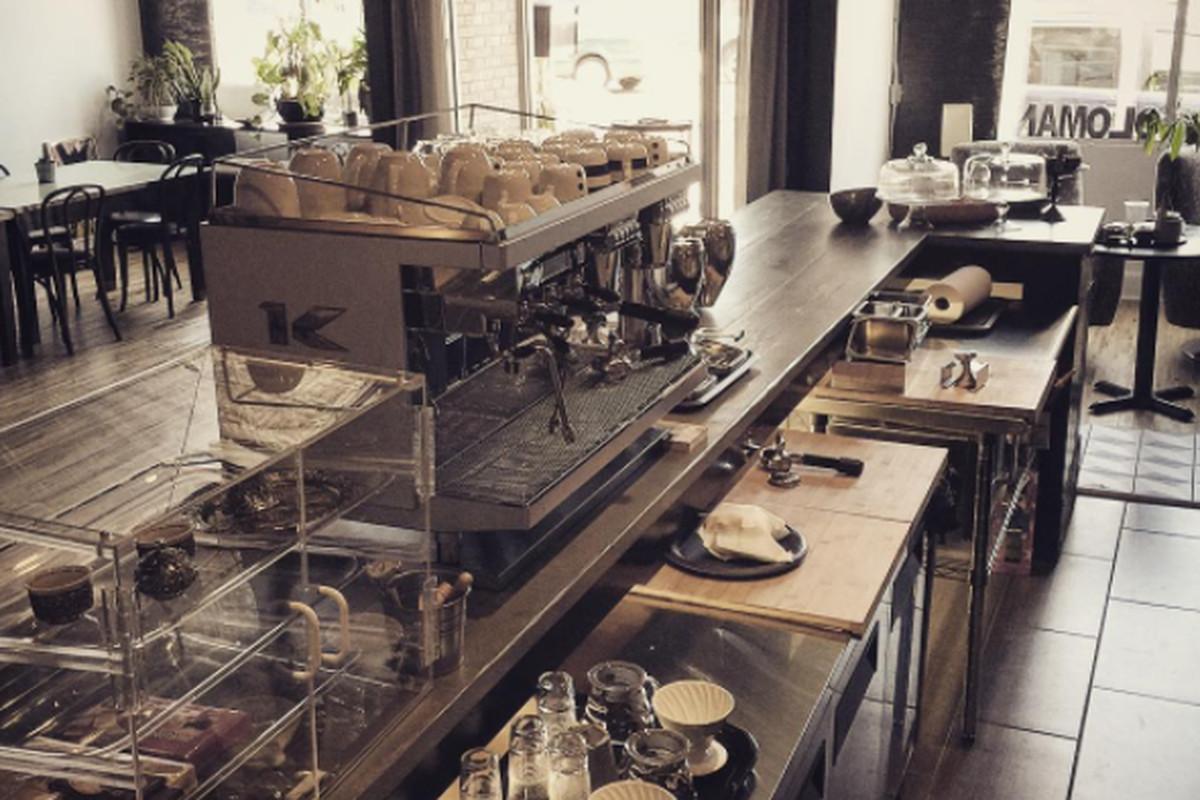 Oloman Cafe