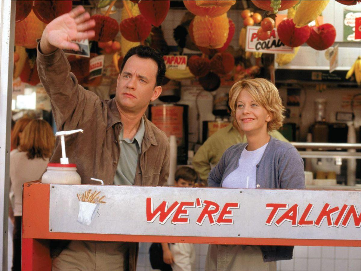 Joe Fox (Tom Hanks) y Kathleen Kelly (Meg Ryan) en Tienes correo.