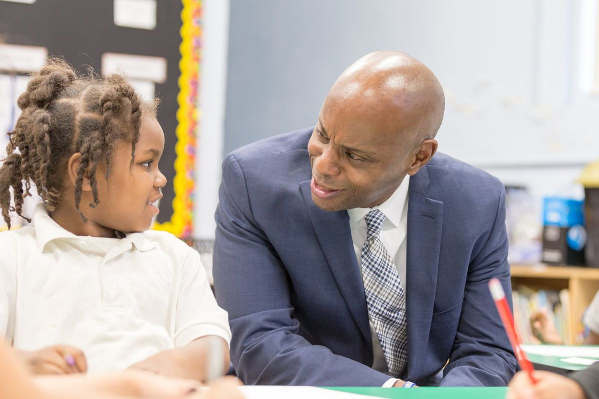 Superintendent Dorsey Hopson visits classrooms and students at Snowden School. (Photo by Ruma Kumar/Chalkbeat)