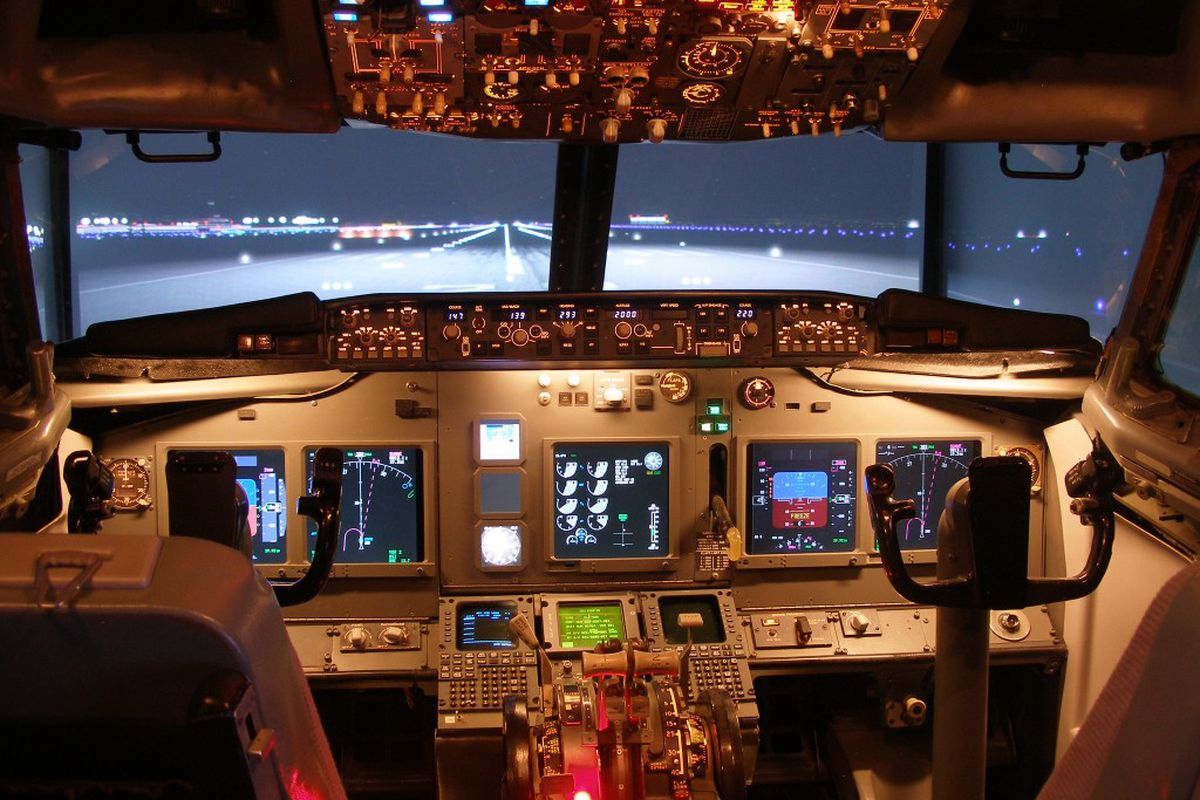 One man's 20-year project: a flight sim cockpit made from a