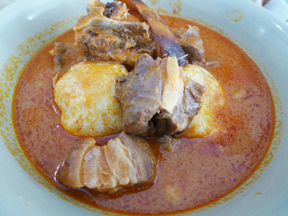 Emotuo and goat soup