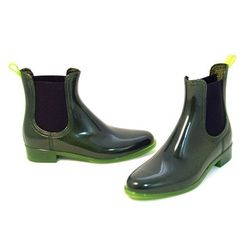 """<strong>Jeffrey Campbell</strong> Forecast Boot at <strong>Thom Brown</strong>, <a href=""""http://www.thombrown.com/product.asp?lt=d&deptid=8494&sec=women&pfid=TMB03097#.US4awYy9KSM"""">$69.99</a>"""