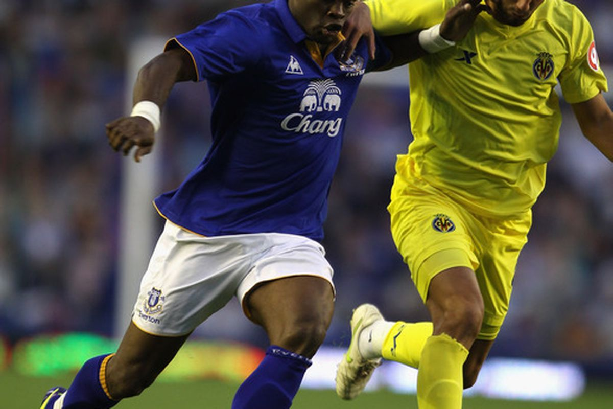 LIVERPOOL, ENGLAND - AUGUST 05:  Louis Saha of Everton in action during the pre season friendly match between Everton and Villarreal  at Goodison Park on August 5, 2011 in Liverpool, England.  (Photo by Clive Brunskill/Getty Images)
