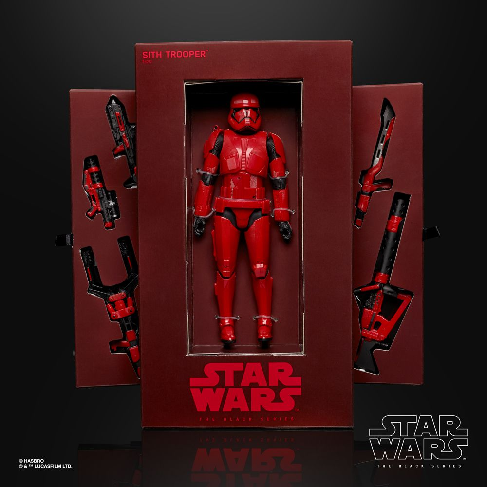 The packaging and accessories come with the Sith Trooper, which is one of the action figures in Hasbro's Star Wars series. It will be on sale at the San Diego Comic Con in 2019.