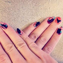 """Nails by <a href=""""http://instagram.com/luciitang96"""">Lucy Tang</a> at Sunny Nails; image via <a href=""""http://instagram.com/p/lAbOScmT9F/"""">Erin Robertson</a>"""