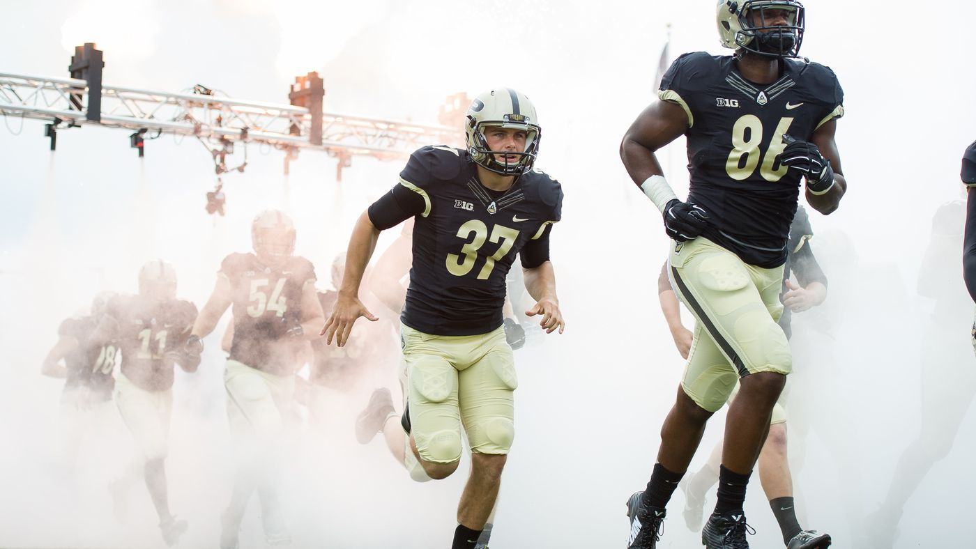 Purdue Releases Complete 2019 Football Roster Hammer And Rails