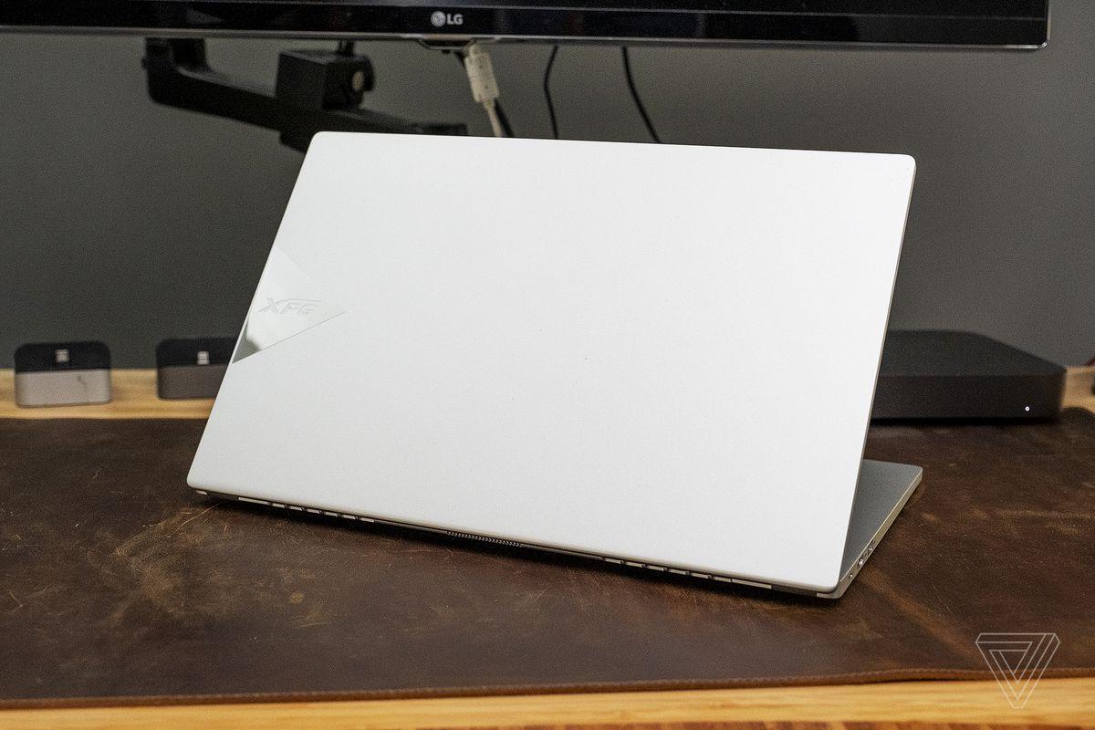Primer vistazo a la computadora portátil Intel NUC M15: enfrentando a Dell y HP