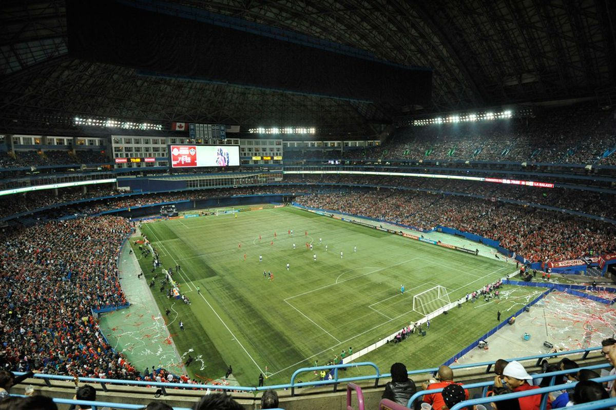 TORONTO, CANADA - MARCH 7:  General view of the pitch during the CONCACAF Champions League game between the Toronto FC and the Los Angeles Galaxy March 7, 2012 at the Rogers Centre in Toronto, Canada (Photo by Brad White/Getty Images)