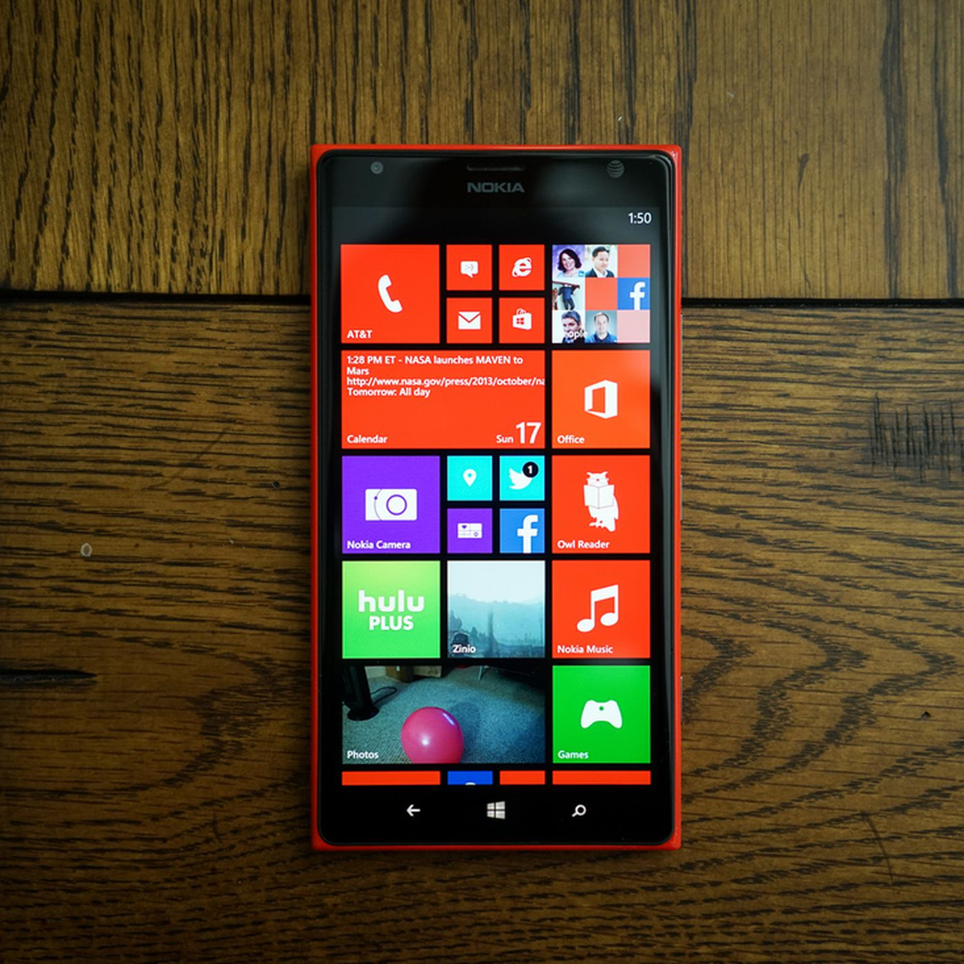 8125097535f Windows Phone sales decline as share shrinks to just 2.5 percent ...