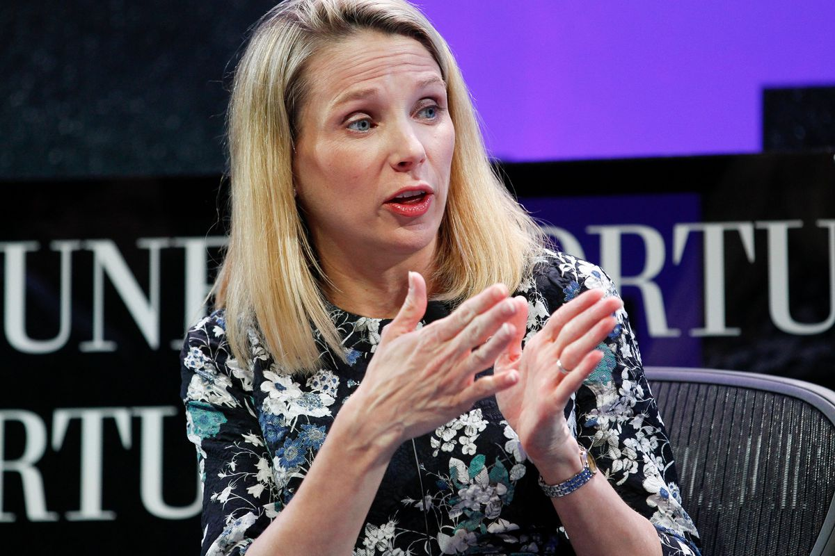 Verizon and Yahoo are set to announce an exclusive $5 billion deal