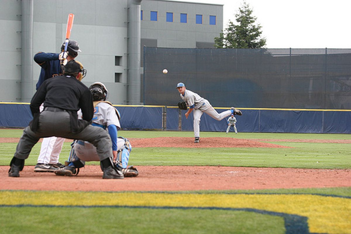 """<em>Rob Rasmussen and co. will look to keep the Bruin momentum going against Golden Bears. Photo Credit: <a href=""""http://www.flickr.com/photos/uclabaseball/2664964453/"""" target=""""new"""">UCLA Baseball (flickr)</a></em>"""