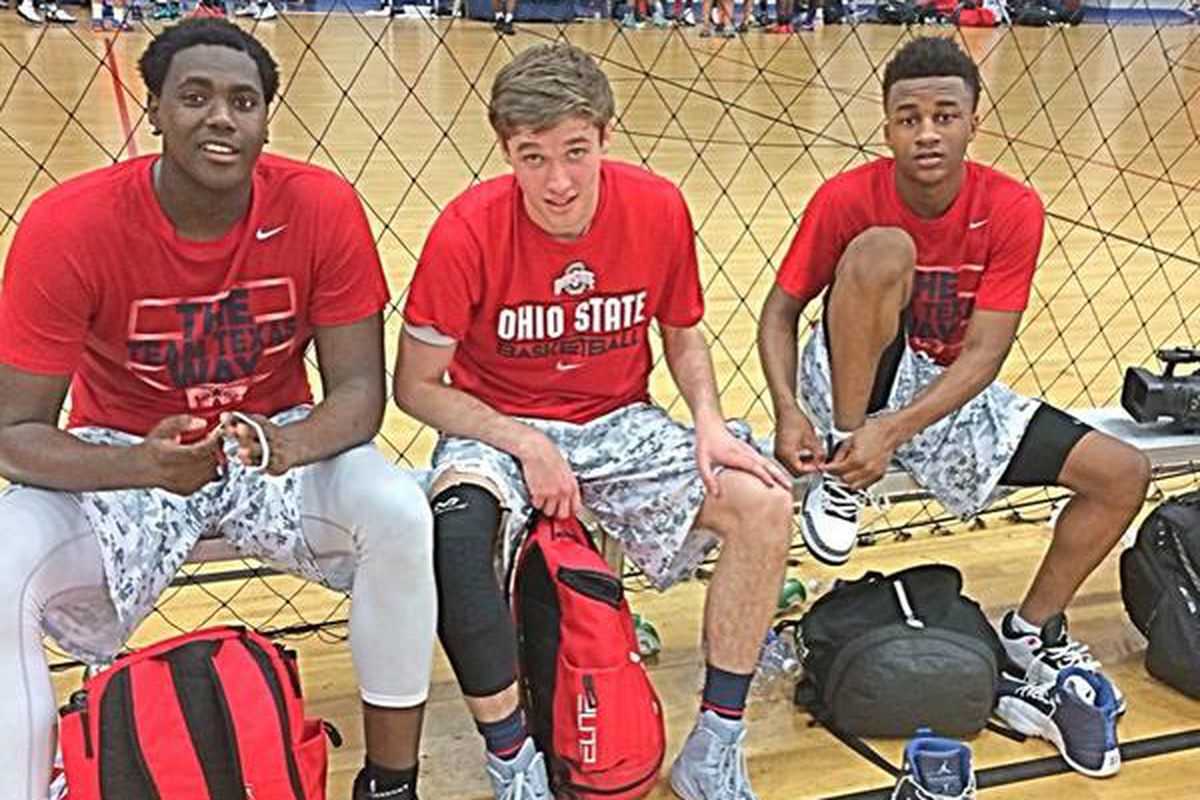Austin Grandstaff (middle) is planning on signing with Ohio State this week.
