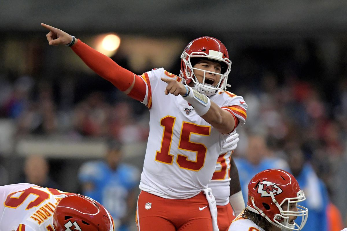 Kansas City Chiefs quarterback Patrick Mahomes reacts at the line of scrimmage against the Los Angeles Chargers in the first half during an NFL International Series game at Estadio Azteca.
