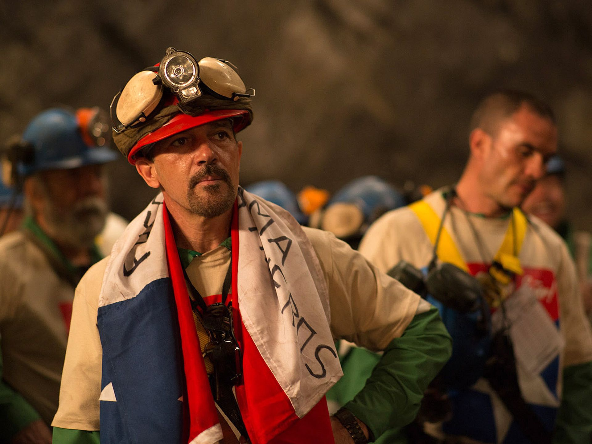 Review the 33 trivializes the chilean mining accident and its there are small moments of levity throughout the 33 but the humor only serves to displace any lingering sense of seriousness the movie may have had amipublicfo Choice Image