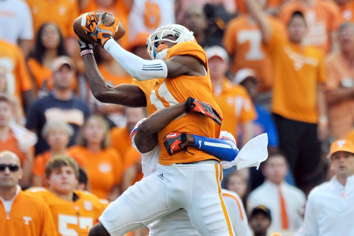 Justin Hunter expected to bring big plays to the Tennessee Titans
