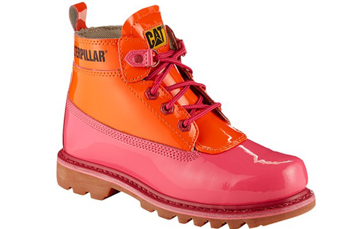 "Image via <a href=""http://www.wwd.com/footwear-news/retail/cat-footwear-opens-new-york-pop-up-7963445?src=rss/recentstories/20141001"">WWD</a>"