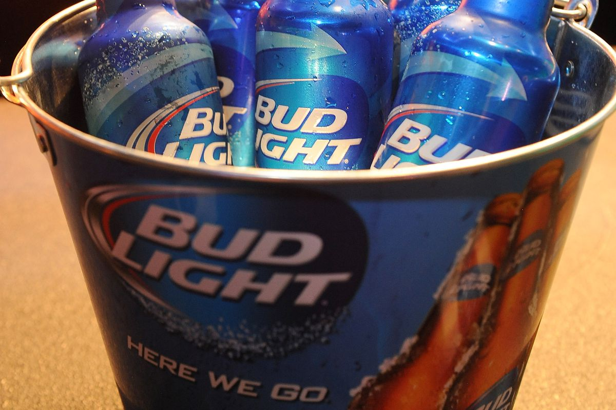 Some Bud Lights in a bowl.