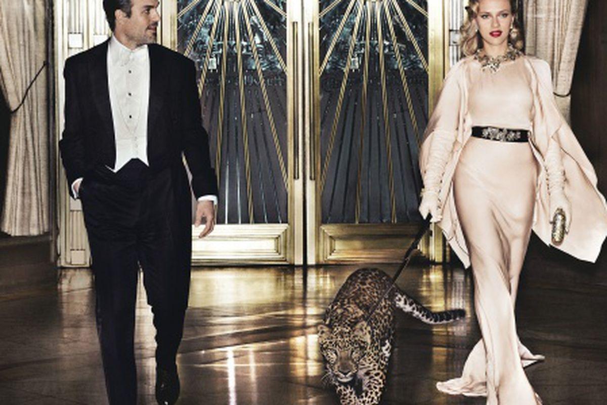 "Image via <a href=""http://www.vogue.com/magazine/article/scarlett-johansson-back-in-stride/#1"">Vogue</a>"