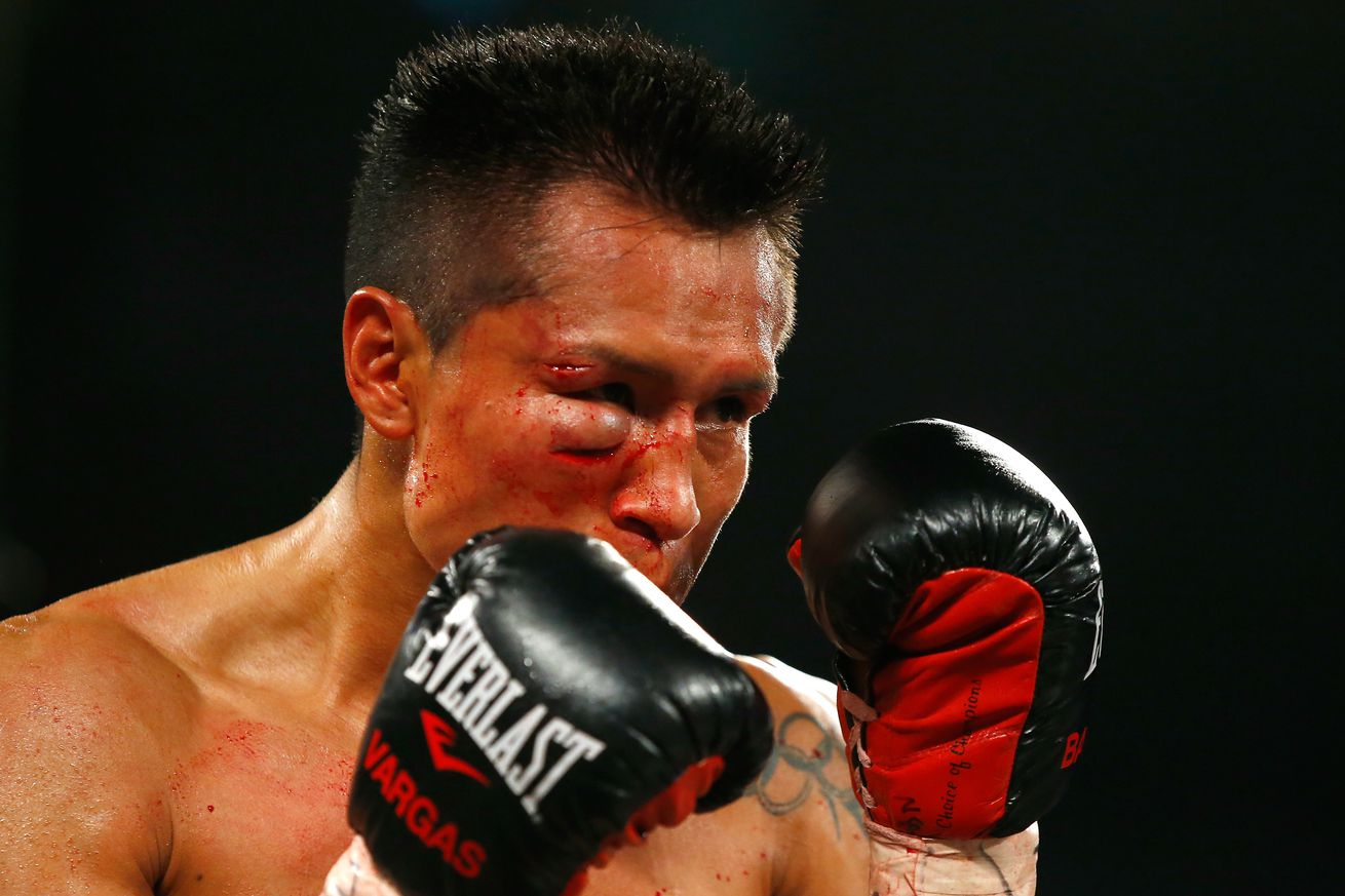 498226236.jpg.0 - Trainer: Vargas has to break Berchelt down in rematch
