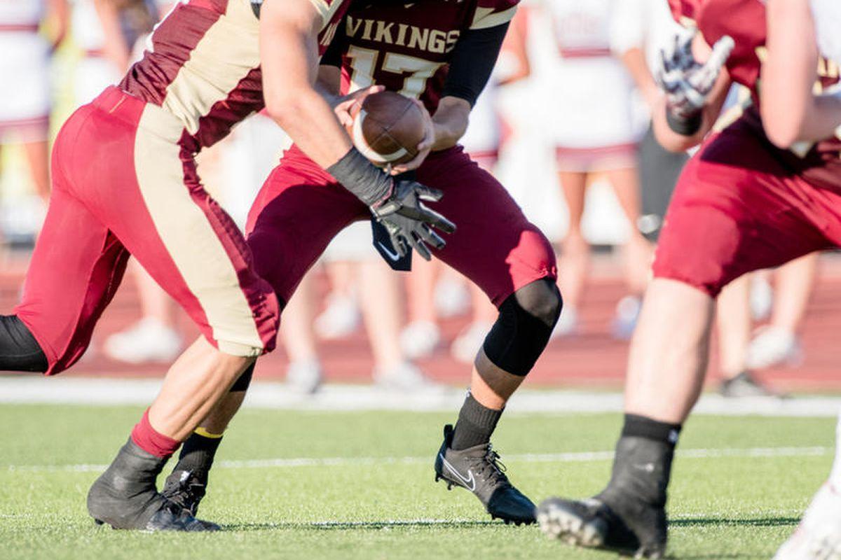Davis Weir (17); Viewmont; Northridge at Viewmont; Utah High School Football; Bountiful, Utah; August 18, 2017; Photo: Tyler Tate/Tyler Tate Images