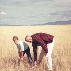 Jon Huntsman Jr. enjoys time with his dad in 1968.