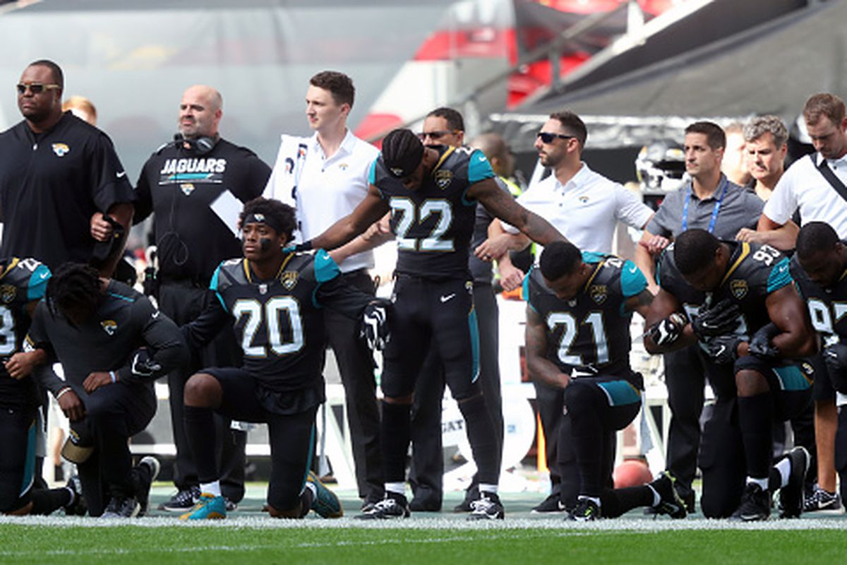 Jacksonville Jaguars players kneel in protest during the national anthem  before the NFL International Series match at Wembley Stadium 5906f82d1