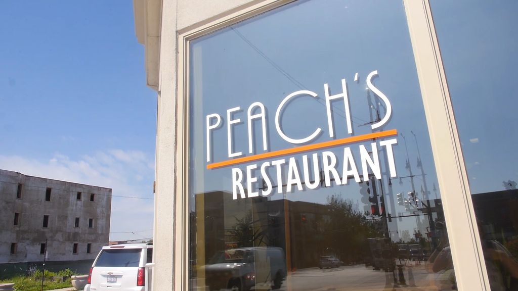 Peach's Restaurant is located at 4652 S. King Dr. in Bronzeville.   Brian Rich/Sun-Times