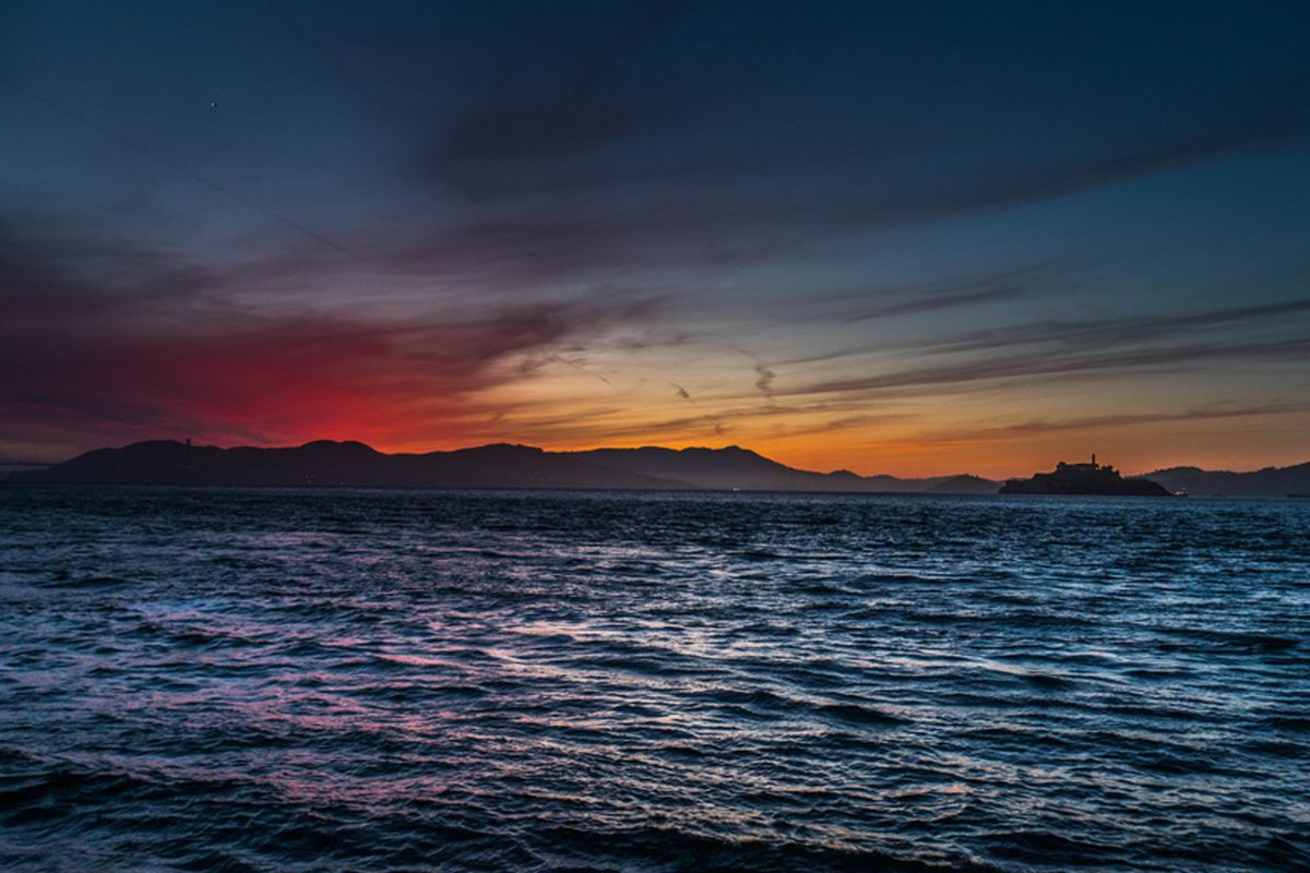 Sunset over the waters of SF Bay.