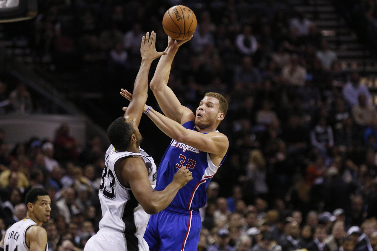 Despite the Clippers' point total, the Spurs did a good job of contesting shots.