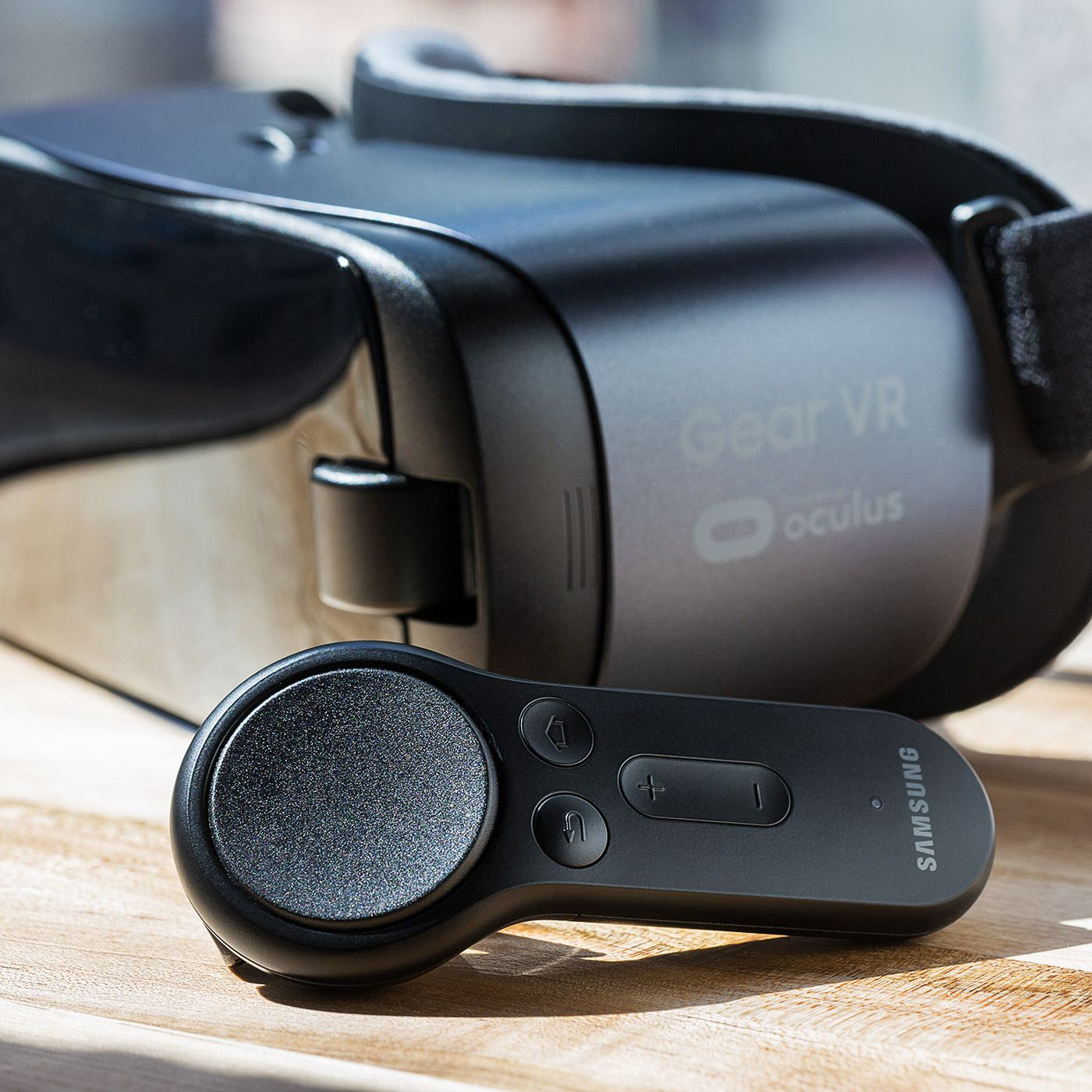 The Gear VR's new controller is a big step forward — but