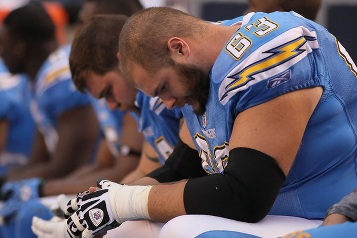 Scott Mruczkowski #63 of the San Diego Chargers.  (Photo by Jeff Gross/Getty Images)