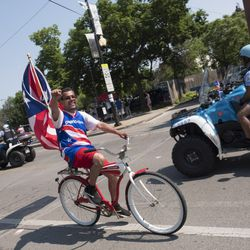 The 39th Puerto Rican Peoples Parade in Humboldt Park along Division street. | Rick Majewski/For the Sun-Times.