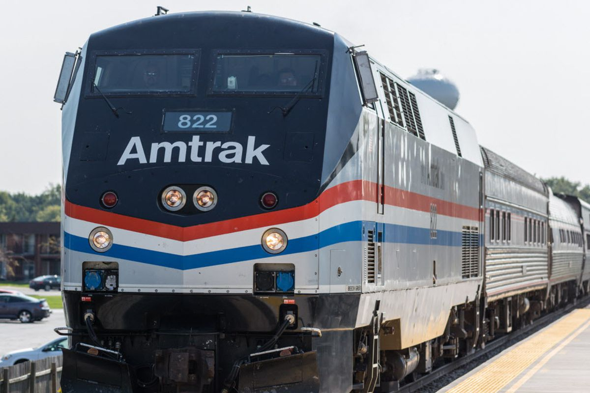 Amtrak train derails near University Park