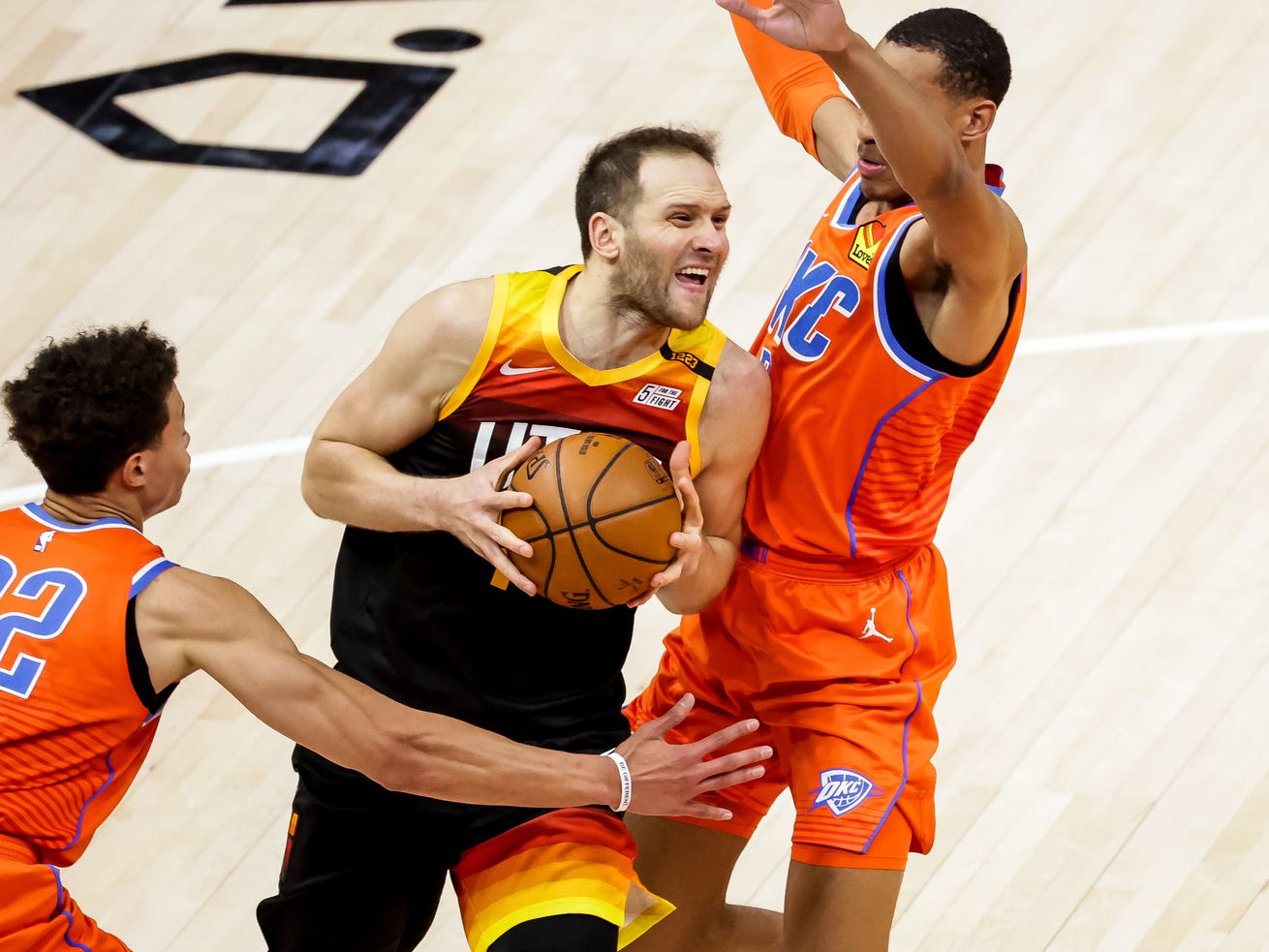 Instant analysis: Shorthanded Jazz take down the Thunder