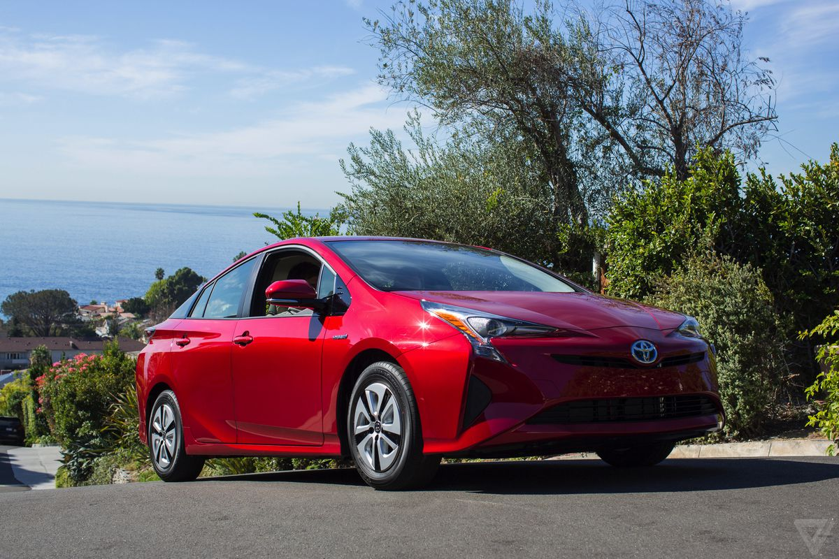 The 2016 Toyota Prius Is The Most Fuel Efficient Car Consumer