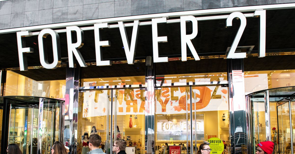 Forever 21 might file for bankruptcy. What does that actually mean?