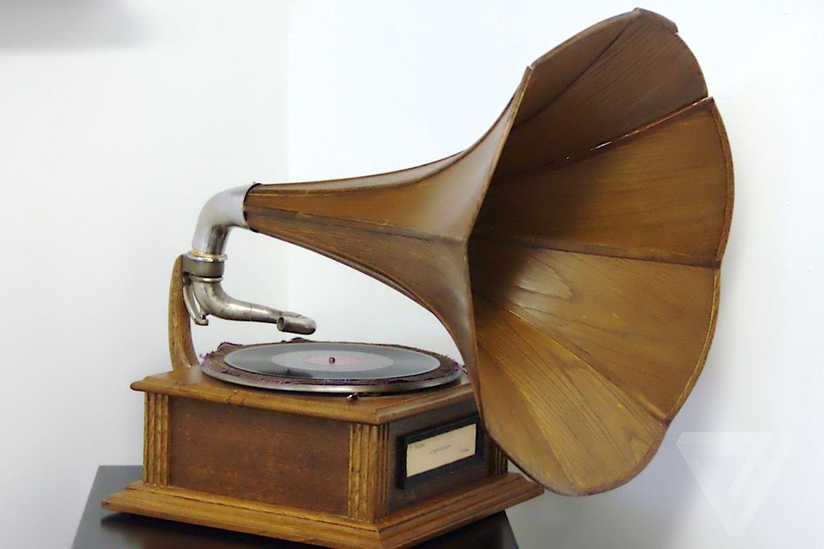 victrola-record